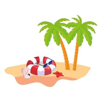 Scène de plage d'été avec palmiers et flotteur