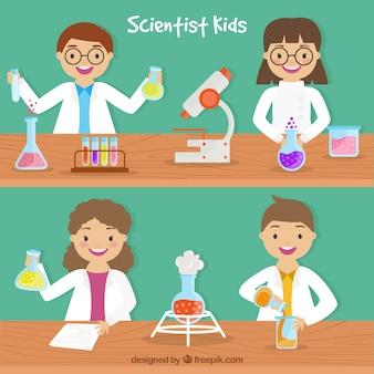 Scientifique enfants en design plat