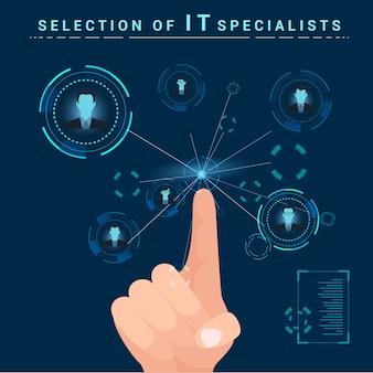 Sélection de spécialistes en informatique. les doigts cliquent sur le moniteur