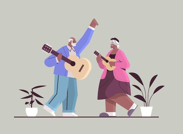 Senior african american couple playing guitar grands-parents s'amusant concept de vieillesse active illustration vectorielle pleine longueur horizontale