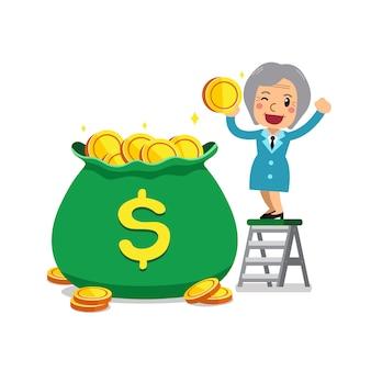 Senior femme d'affaires avec sac d'argent