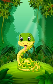 Serpent dans la forêt claire et verte