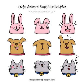 Set d'animaux dessinés à la main avec des expressions faciales