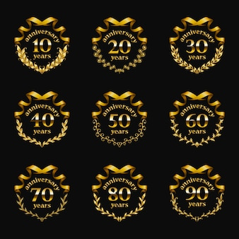 Set de badges d'anniversaire d'or