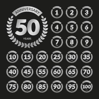 Set de badges d'anniversaire rétro argent