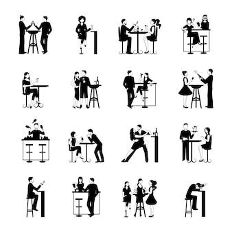 Set de personnes en noir et blanc