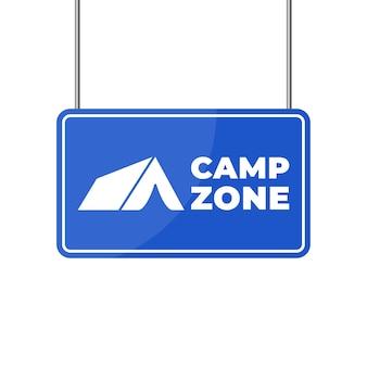 Signe de la zone de camping. camping place signe isolé sur bannière verticale blanche