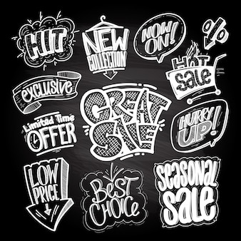 Signes et impressions de vente dessinés à la main sur un tableau noir - grande vente, hit, offre à durée limitée, prix bas, meilleur choix, etc.
