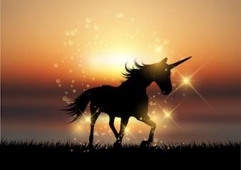 Silhouette, de, a, licorne, dans, a, coucher soleil, paysage