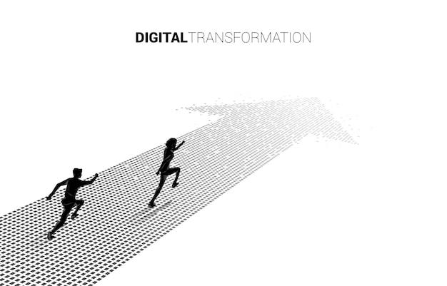 Silhouette d'homme d'affaires courant sur la flèche du pixel. concept de transformation numérique de l'entreprise.