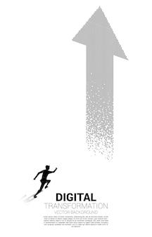 Silhouette d'homme d'affaires courant vers la flèche du pixel. concept de transformation numérique de l'entreprise.