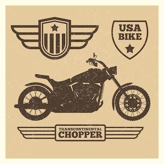 Silhouette de moto sport et étiquettes d'aile vintage grunge