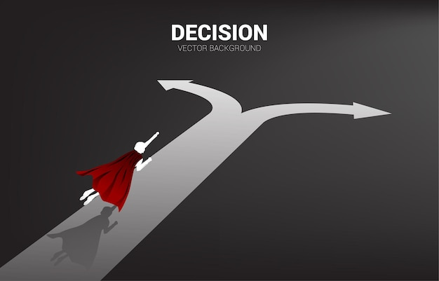 Silhouette de super-héros survole le carrefour. concept de temps pour prendre une décision dans la direction des affaires.