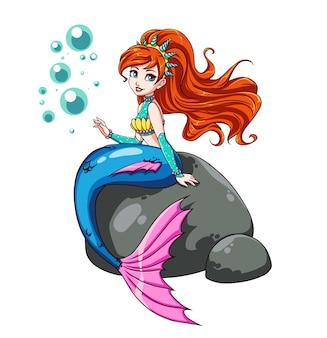 Sirène mignonne assise sur rocher. couronne avec coquillages, cheveux roux ondulés, chemise brillante, queue bleue. illustration dessinée à la main.