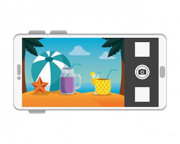Smartphone avec scène de paysage marin de plage d'été