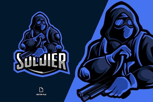 Soldat avec couteau et pistolet mascotte logo esport