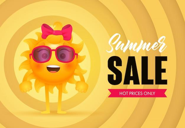 Soldes d'été, lettrage des prix chauds avec le caractère du soleil
