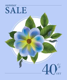 Soldes d'été, quarante pour cent d'affiche avec fleur bleue et feuilles vertes sur un cercle blanc.