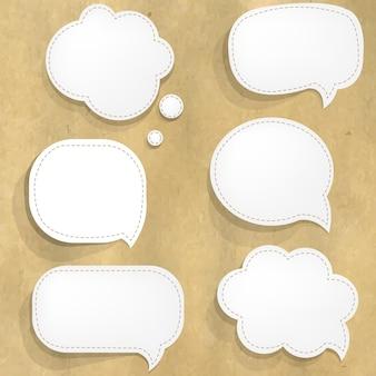 Structure en carton avec des bulles de papier blanc