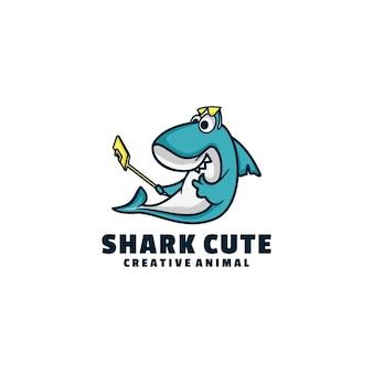 Style de dessin animé de mascotte mignonne de requin de logo.