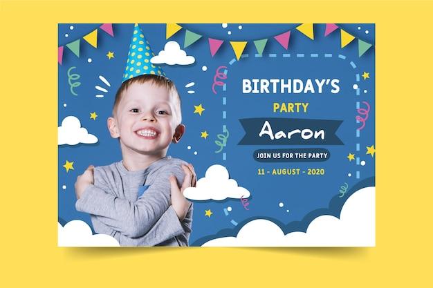 Style d'invitation d'anniversaire pour enfants