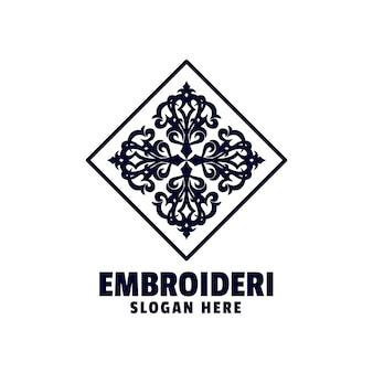 Style de silhouette de broderie de logo