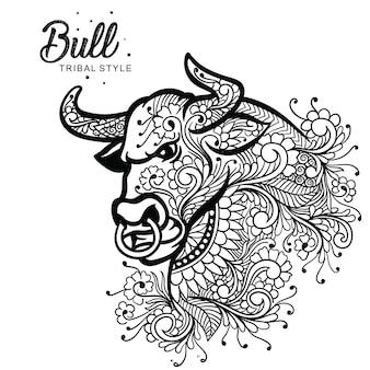 Style tribal tête de taureau dessiné à la main