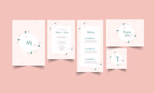 Suite d'invitation de mariage floral en couleur rose et blanche.