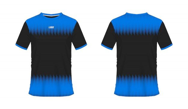 T-shirt bleu et noir modèle de football ou de football pour club d'équipe sur fond blanc. sport jersey,