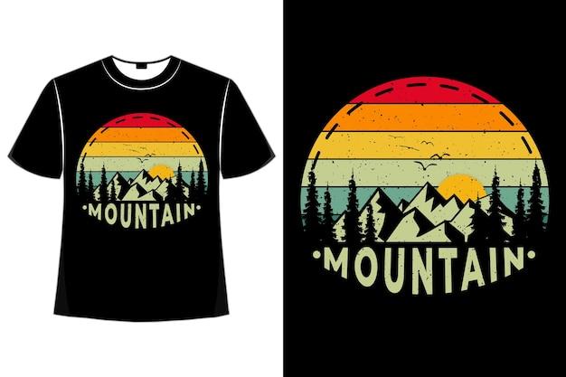 T-shirt pin de montagne coucher de soleil style rétro