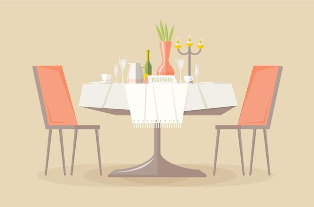 Table de restaurant ou de café réservée avec signe de réservation et deux chaises