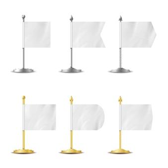 Tableau blanc de poche de drapeaux blancs