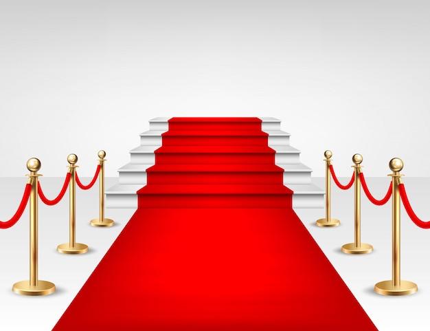 Tapis d'événement rouge réaliste, barrières d'or et escaliers blancs isolés