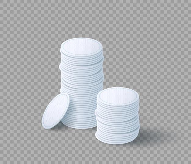 Tas de cotons cosmétiques pour le démaquillage. jeu de disques blancs d'hygiène. serviettes démaquillantes isolées sur fond transparent. illustration vectorielle 3d réaliste