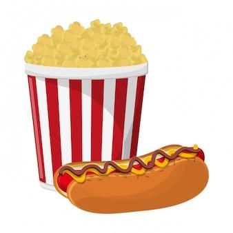 Tasse de maïs soufflé et hot dog