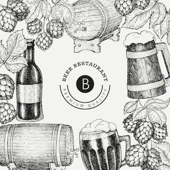 Tasse en verre de bière et modèle de conception de houblon. style gravé. illustration de brasserie rétro.
