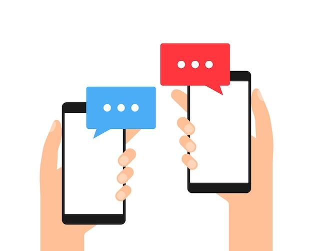 Téléphones avec des messages en mains. smartphone avec bulle de dialogue. vecteur eps10