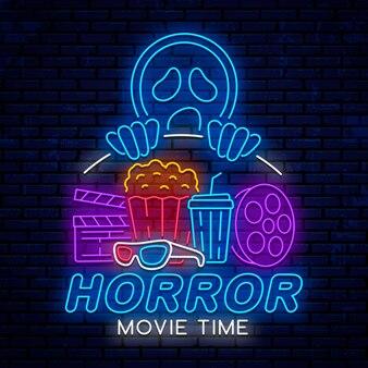Temps de film d'horreur, enseigne au néon de nuit