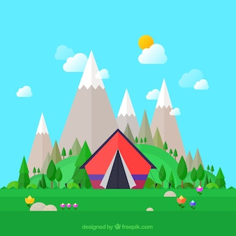 Tente avec des montagnes de fond
