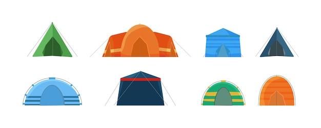 Tentes multicolores pour camper dans la nature et pour les célébrations en plein air