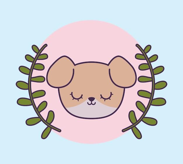 Tête de chien mignon avec des feuilles de la couronne