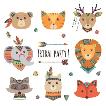 Têtes d'animaux tribaux de dessin animé isolés sur fond blanc. lama, ours, éléphant, raton laveur, renard, chat illustration de style ethnique