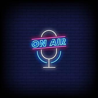 Texte de style d'enseignes au néon sur l'air