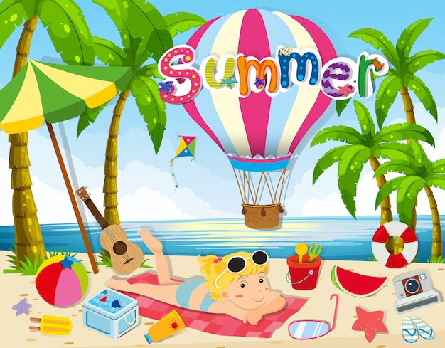 Thème de l'été avec une femme en bikini sur la plage