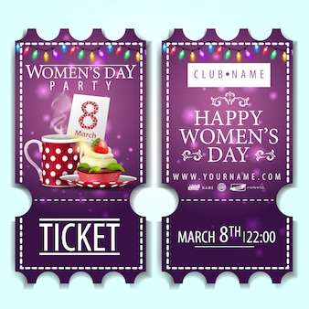 Ticket violet pour la fête des femmes avec un petit gâteau
