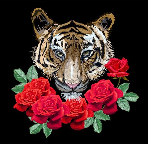 Tigre avec des roses sur fond noir