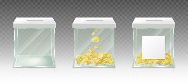 Tirelire en verre pour des conseils d'épargne ou des dons isolés sur un ensemble réaliste de mur transparent de pot en acrylique transparent avec des pièces d'or et une étiquette vierge blanche pour un don de charité de fonds de pension