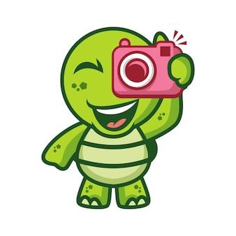 Tortue tenant la caméra
