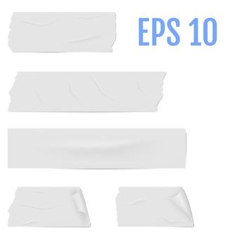 Tranches d'un ruban adhésif blanc avec ombre et rides.