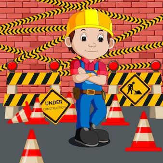Travailleur avec panneau de construction